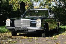 Mercedes-Benz 240 D W115 Strich 8 Oldtimer