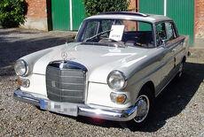 Mercedes-Benz 230 Heckflosse W110 Oldtimer