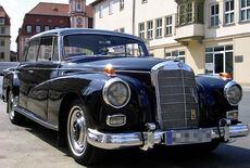 Mercedes-Benz 300 Adenauer Oldtimer