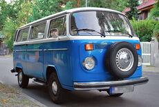 oldtimer van kleinbus der 1970er jahre aus deutschland. Black Bedroom Furniture Sets. Home Design Ideas