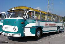 oldtimer bus mieten film. Black Bedroom Furniture Sets. Home Design Ideas