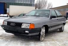Audi 100 Oldtimer