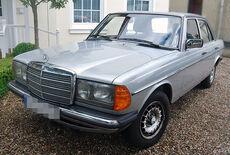 Mercedes-Benz 200 W123 Oldtimer