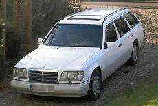Mercedes-Benz E220T W124 Kombi Oldtimer