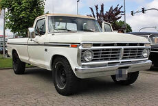 Ford F250 Custom Oldtimer