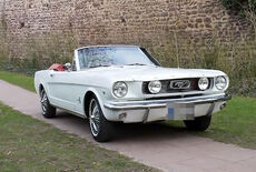 Ford Mustang Convertible Oldtimer