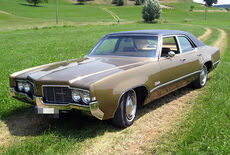 Oldsmobile Delta 88 Sedan 4-door Oldtimer