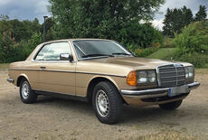 Mercedes-Benz 230CE (C123) Oldtimer