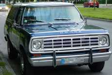 Dodge Ramcharger SE