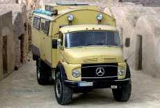 Mercedes-Benz LA 911