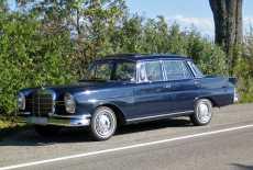 Mercedes-Benz 220 b (W111) Heckflosse