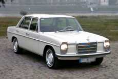 Mercedes-Benz 230 Strich 8