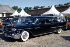 Cadillac Fleetwood 75 Series