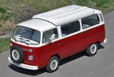 VW T2b Camping Bus