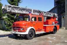 Mercedes-Benz LF 322 Feuerwehr Drehleiter