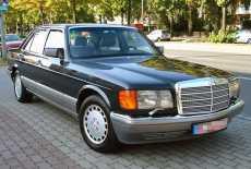 Mercedes-Benz W126 300 SE