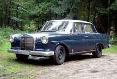 Mercedes-Benz W110 Heckflosse Diesel
