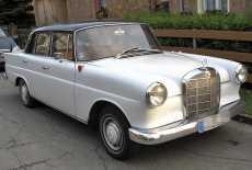 Mercedes-Benz W110 (kleine Heckflosse)