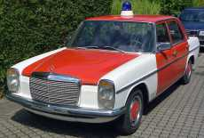 Mercedes-Benz 230.4 Strich 8
