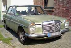 Mercedes-Benz 200 W115 Strich 8