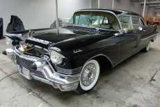 Cadillac Fleetwood Series 75 Imperial Sedan