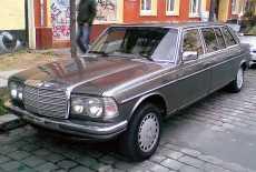 Mercedes-Benz W123 Pullman