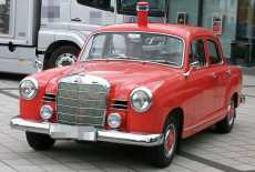 Mercedes-Benz 180 Ponton ELW 1