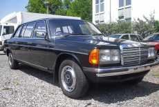 Mercedes-Benz W123 250 lang