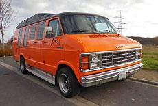 Dodge B 200 Van