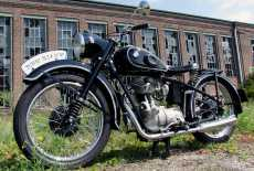 oldtimer bmw r 71 von 1940 mieten 7246 film. Black Bedroom Furniture Sets. Home Design Ideas