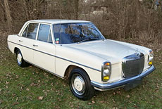 Mercedes-Benz 220/8 W 114