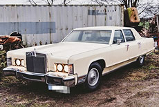 Lincoln Continental Town Car Mark V