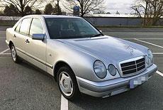 Mercedes-Benz W210 E 200