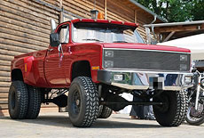 Chevrolet K30 Dually