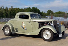 Ford 1934 3-Window Coupe Hot Rod