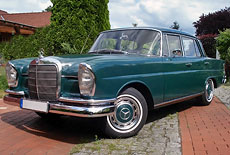 Mercedes-Benz 230S Heckflosse W111