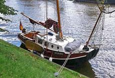 Plattbodenboot Huitema Zeeschouw